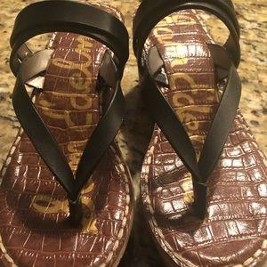 Sam Edelman like new black wedge flip flops